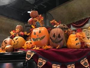 Jack O Lanterns in a store in Halloween Horror Nights