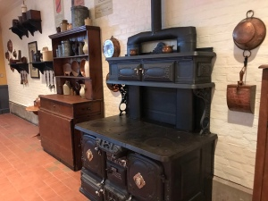Old stove and decor in Regal Eagle in Epcot